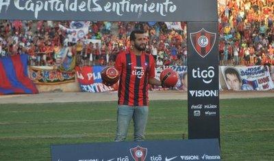 Intiman a Cerro Porteño a dejar sin efecto la rescisión con Victorino