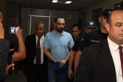 Fernández Lippmann abandona Tacumbú