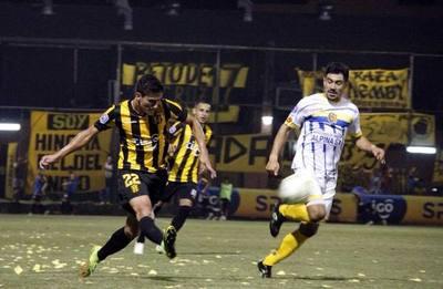 Guaraní y Deportivo Capiatá juegan en el Defensores