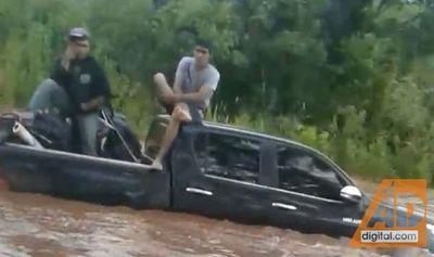 """Desgracia con suerte en Fortuna: """"Si el agua subía más, nos iba a llevar"""""""