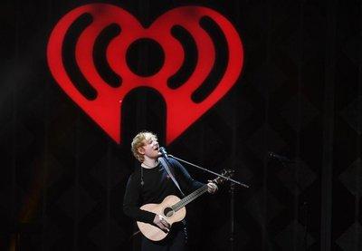 Ed Sheeran fue el artista que más álbumes vendió en 2017