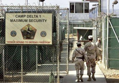 Lejos de desaparecer, Guantánamo se actualiza