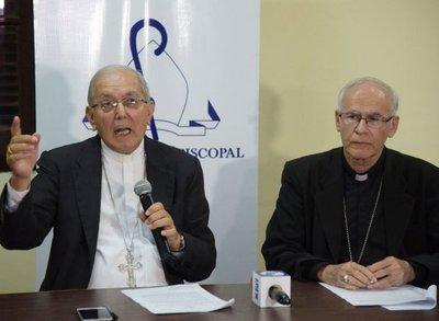 Solapada crítica a candidaturas de Cartes y Nicanor