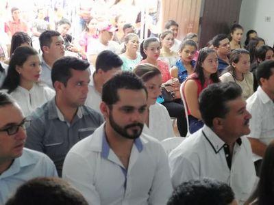 Concepción: Gobierno entregó certificados de capacitación laboral a 400 pobladores