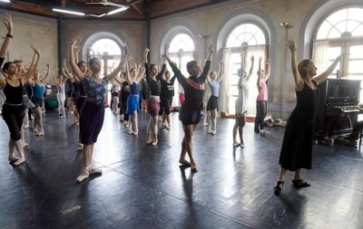 Innovar en la danza: el antídoto para no morir y atrapar público
