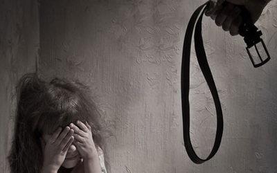Suboficial policial golpeó brutalmente a su hijastra de 2 años