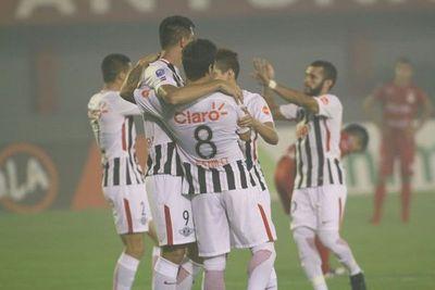 Libertad se estrena en la Libertadores, en Tucumán