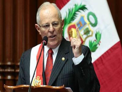 Congreso peruano acepta debatir moción para destituir a Kuczynski