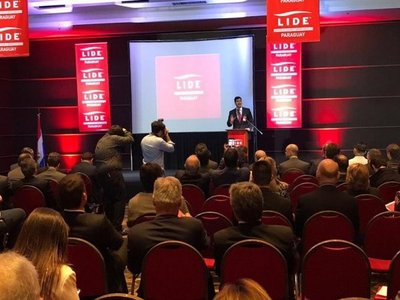 Cumbre internacional de negocios en Paraguay