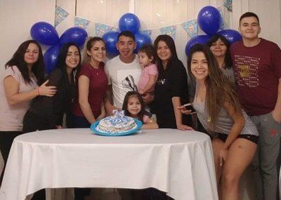 Cumpleaños en familia para pelotero