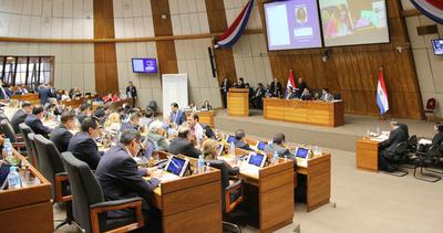 Estalla nueva crisis política: opositores se niegan a tratar renuncia de Afara