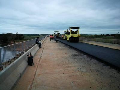 Ruta 8: Soñado asfalto del tramo Caazapá-Yegros se hace realidad