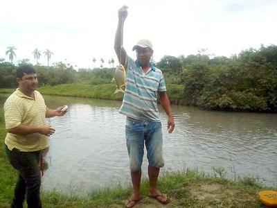 Productores y estudiantes capacitados en acuicultura