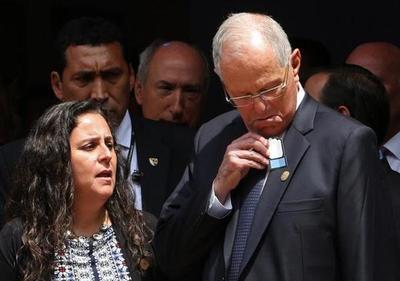 Perú espera a nuevo presidente