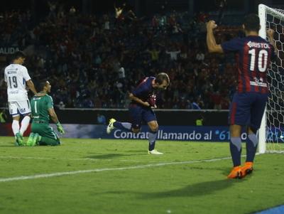 Gol de Novick es admirado por la prensa extranjera