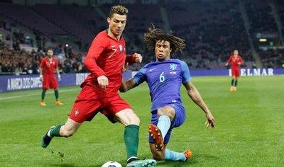 Holanda avisa a Portugal con un contundente 0-3