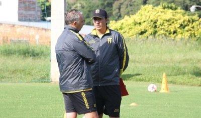 Guaraní intensifica trabajos con Burgo y Torres a la cabeza