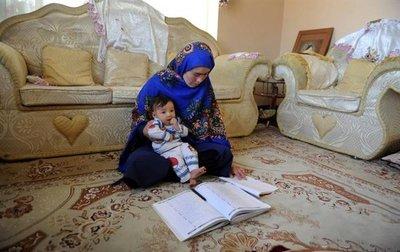 La lucha de una mujer por ir a la universidad conmueve a Afganistán