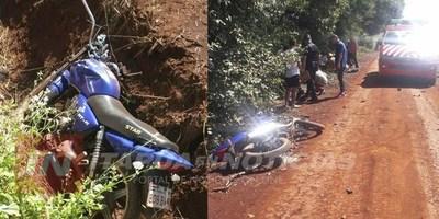 CHOQUE FRONTAL DE MOTOCICLISTAS EN CRUCE AYALA