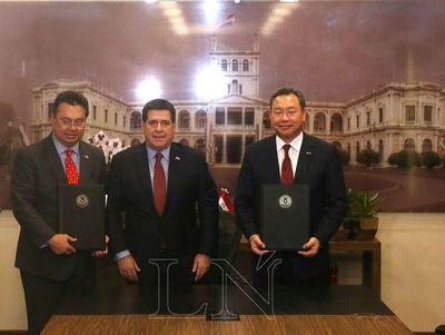 Por fin de misión diplomática, Yui y Leite repasan relaciones con Taiwán