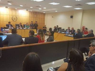 Embajador de EEUU, conforme con condena por crimen de Alex Villamayor