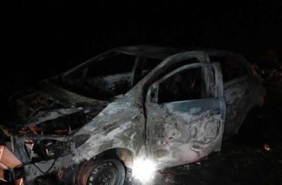 Hallan cadáver cercenado en un auto calcinado en San Lorenzo
