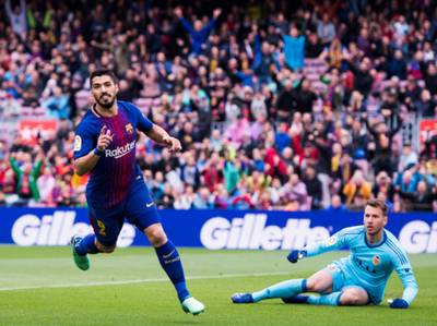 Barcelona derrota a Valencia y se levante