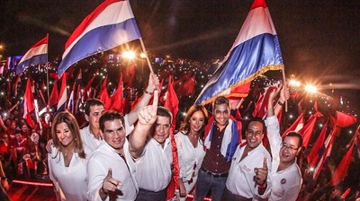 Aire de victoria retumba en Paraguarí en el cierre de campaña de Marito