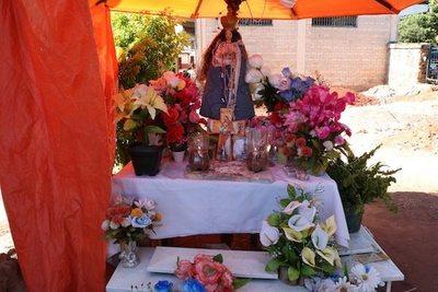 Fieles aseguran que obró la Virgen ¿Agua poderosa?