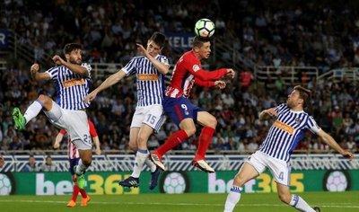 La Real da una lección de fútbol y deja en evidencia al Atlético