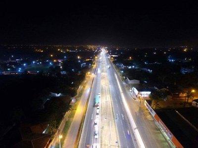 Inauguran sistema de iluminación y pasarela peatonal de la ruta 3