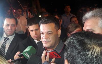 Denuncian a Robert Acevedo por inducción al voto