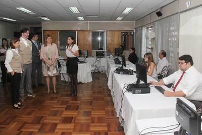 Fiscal General recibió a delegación de la OEA