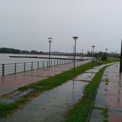 Sábado caluroso y con lluvias