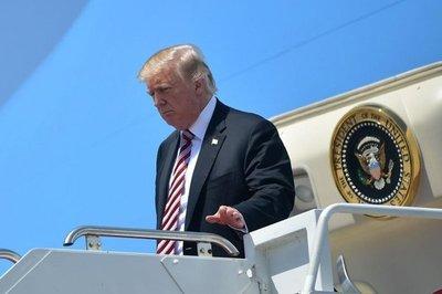 Trump asegura que su abogado le permanecerá fiel