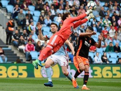 Sergio Álvarez evita la victoria del Valencia