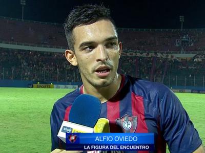 Alfio Oviedo fue la figura del partido