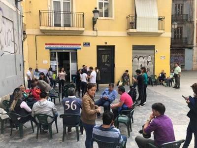 En España, paraguayos ya eligen al nuevo presidente