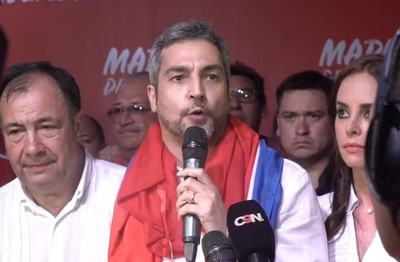 Mario Abdo buscará la reforma constitucional el próximo año