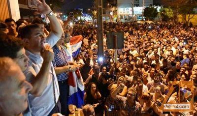 Opositores se movilizaron en el país contra supuesto fraude