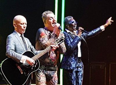 Artistas internacionales llegan con variados estilos musicales este mes
