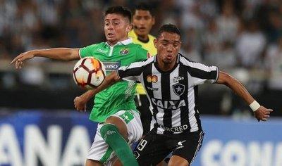 Botafogo empata pero se clasifica a la segunda fase