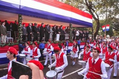Preparan desfile para el 14 de mayo y decretan asueto