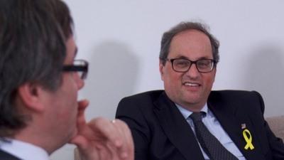 Cataluña: Invisten como presidente a otro independentista