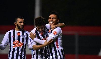 Libertad, por cerrar primero enfrenta a Atlético Tucumán