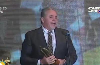 Glamorosa entrega de los Premios Paraná