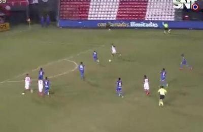 Cerro Porteño sigue metiendo presión