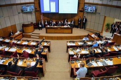 Hacienda urge tratar regulación de pensiones