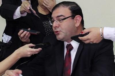Fiscalía asegura que caseros de diputado ni pisaron en Congreso pero cobraban