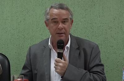 Ministro Gneiting asegura que contrabando de carne no quedará impune